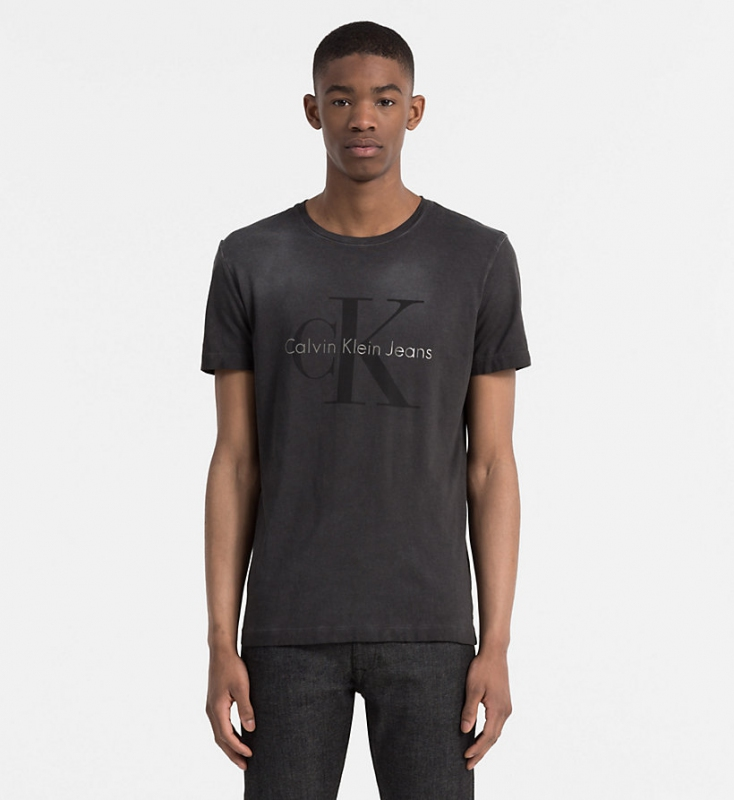 Muži - Pánské triko Calvin Klein J30J305533.099