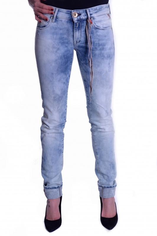 Výprodej až 50% - Dámské džíny Replay WX613000543363011