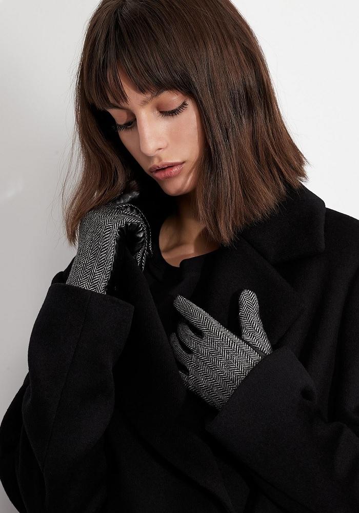 Ženy - Dámské rukavice Armani Exchange 944180.1A106