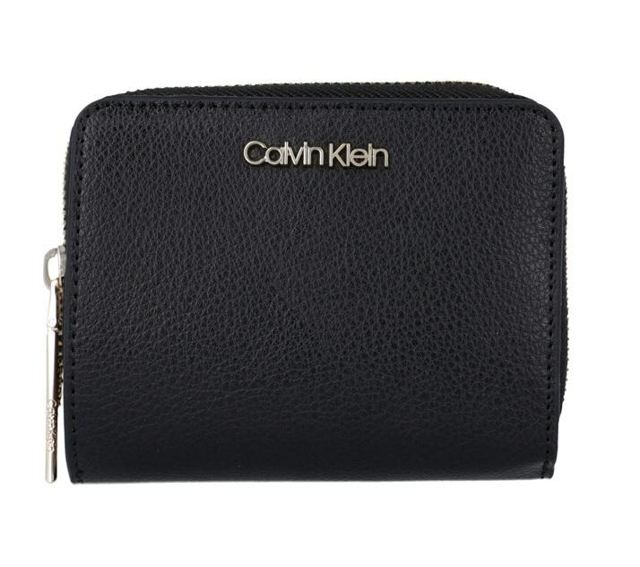 Novinky 2020 - Dámská peněženka Calvin Klein K60K605689