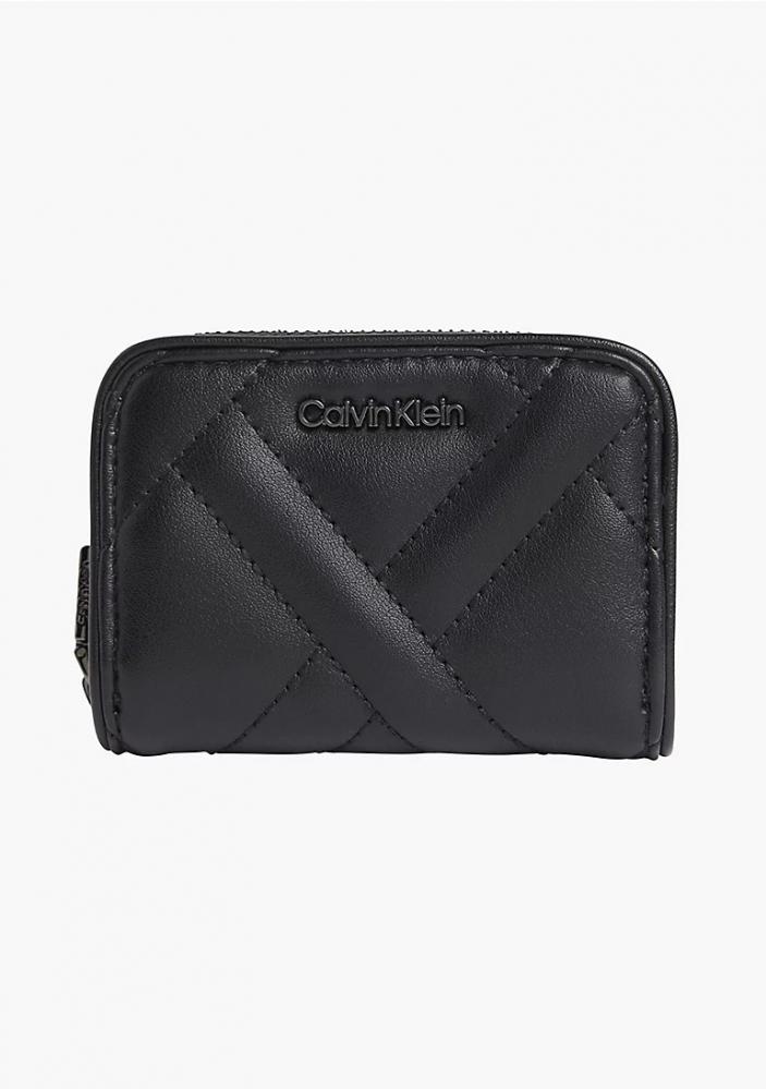 Ženy - Dámská peněženka Calvin Klein K60K608468
