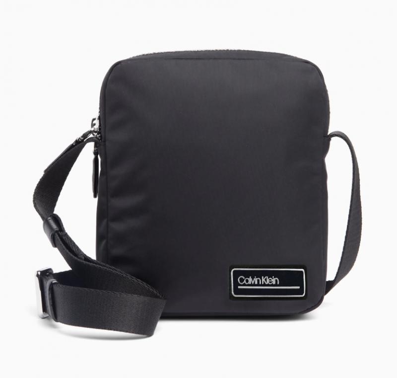 527cb632fa Pánská taška Calvin Klein K50K504396